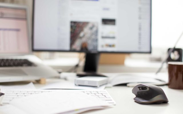 Top 21 Online Marketing Services for Small Businesses: Social Media & Content